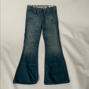 EUC women's SEVEN FOR ALL MANKIND sz 25 jeans